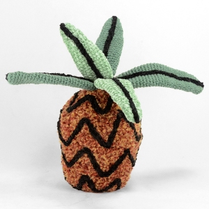 crocheted pineapple 03