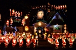 santa-house-from-street
