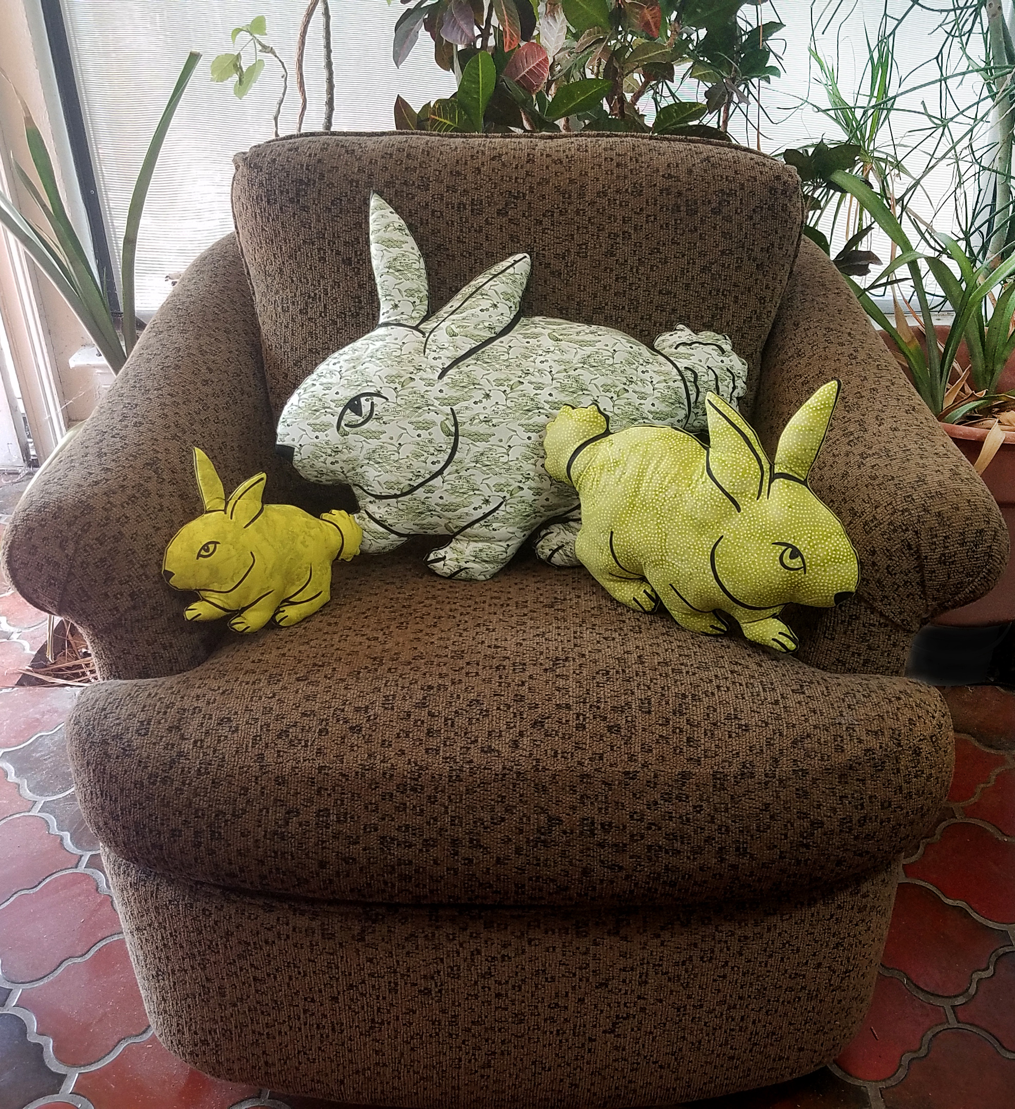 all three green bunnies chair